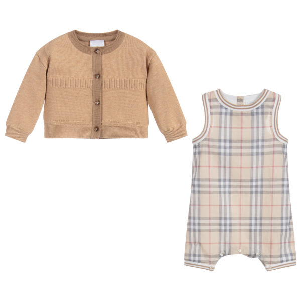Burberry beautiful beige set for baby boys 1