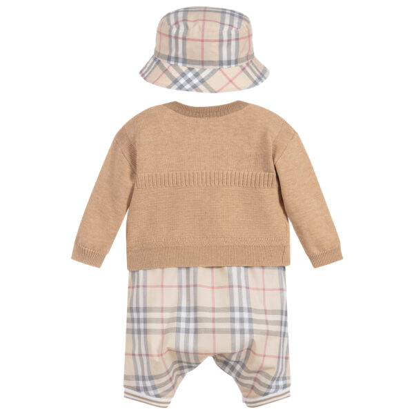 Burberry beautiful beige set for baby boys 2