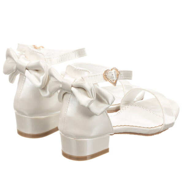 Angel's Face Beautiful White Sandals For Little Princeses 1